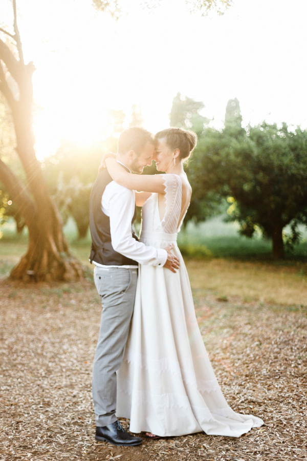 couple jardin domaine de vignale mariage