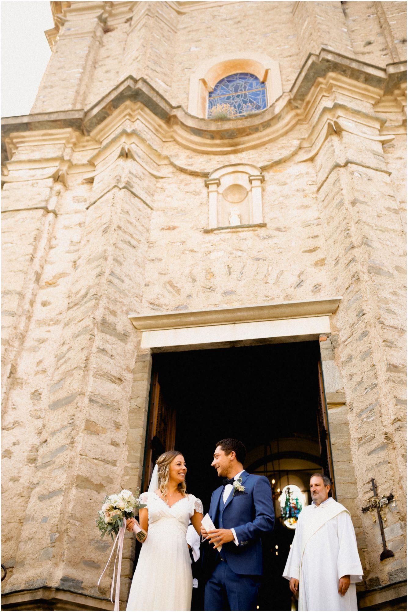 sortie église mariage corse